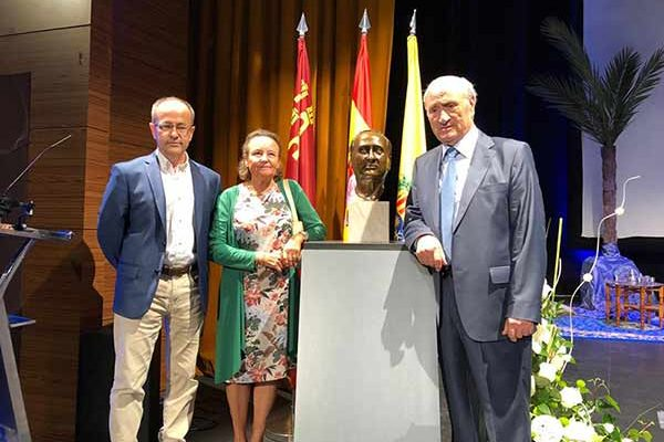 Homenaje Prof Guillen Archena