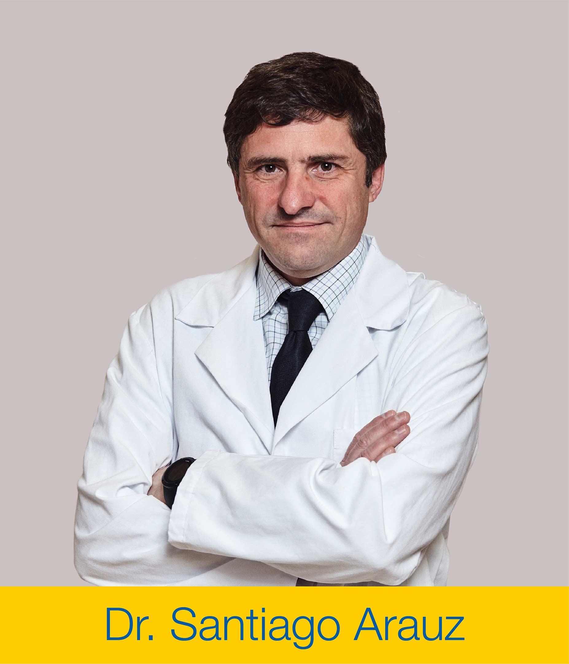 Santiago Arauz Protesis Hombro